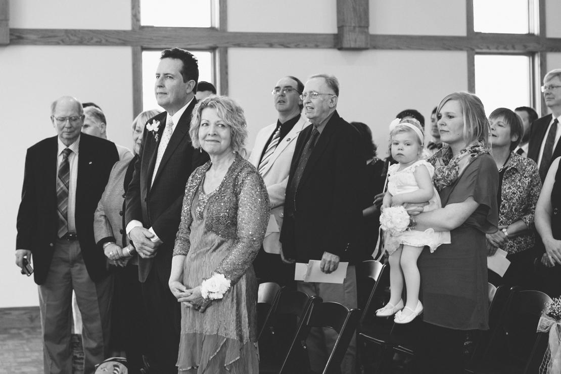 Steph-Thad-Wisconsin-Wedding_Grain-and-Compass-54.jpg