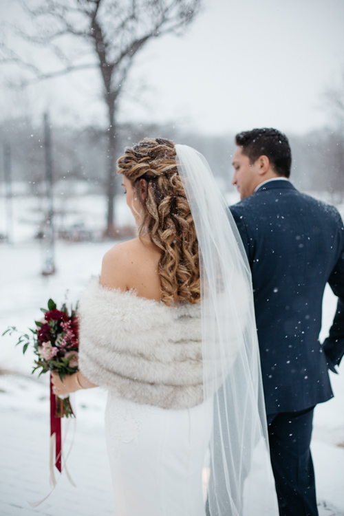 Daniel + Christine // Fishermen's Inn Winter Wedding  Elburn il