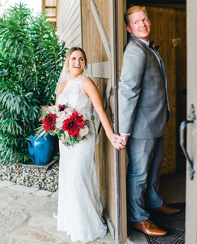 The best pre ceremony smiles captured by the amazing @kaleyelainephoto