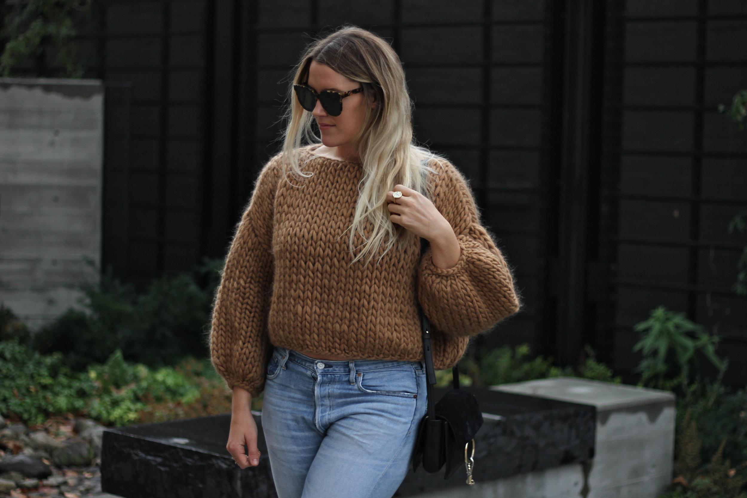 Wool cropped camel sweater, Hendrik Lou