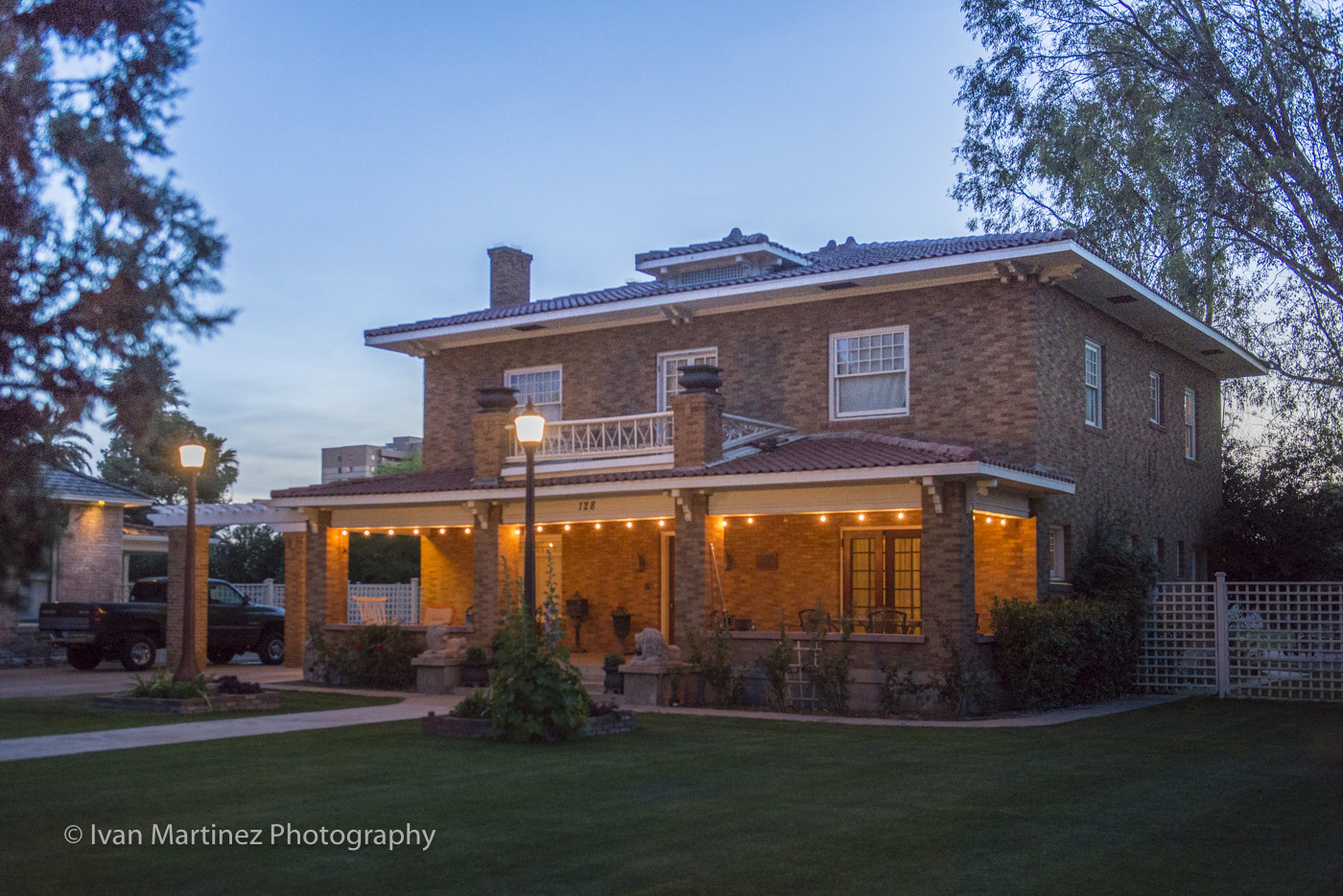 Historic Home in Downtown Mesa.Photo by Ivan Martinez Photography