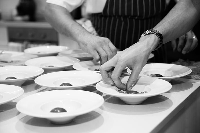 charlies-kitchen-dinner-43.jpg