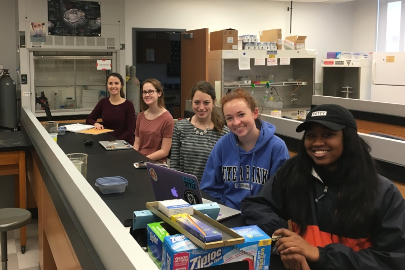 Spring 2017 - Early morning lab meeting in the Cell Bio lab. Left to Right: Elizabeth Hill, Elli Vickers, Amanda Finck, Sarah DiDomenico, Nene Sy.