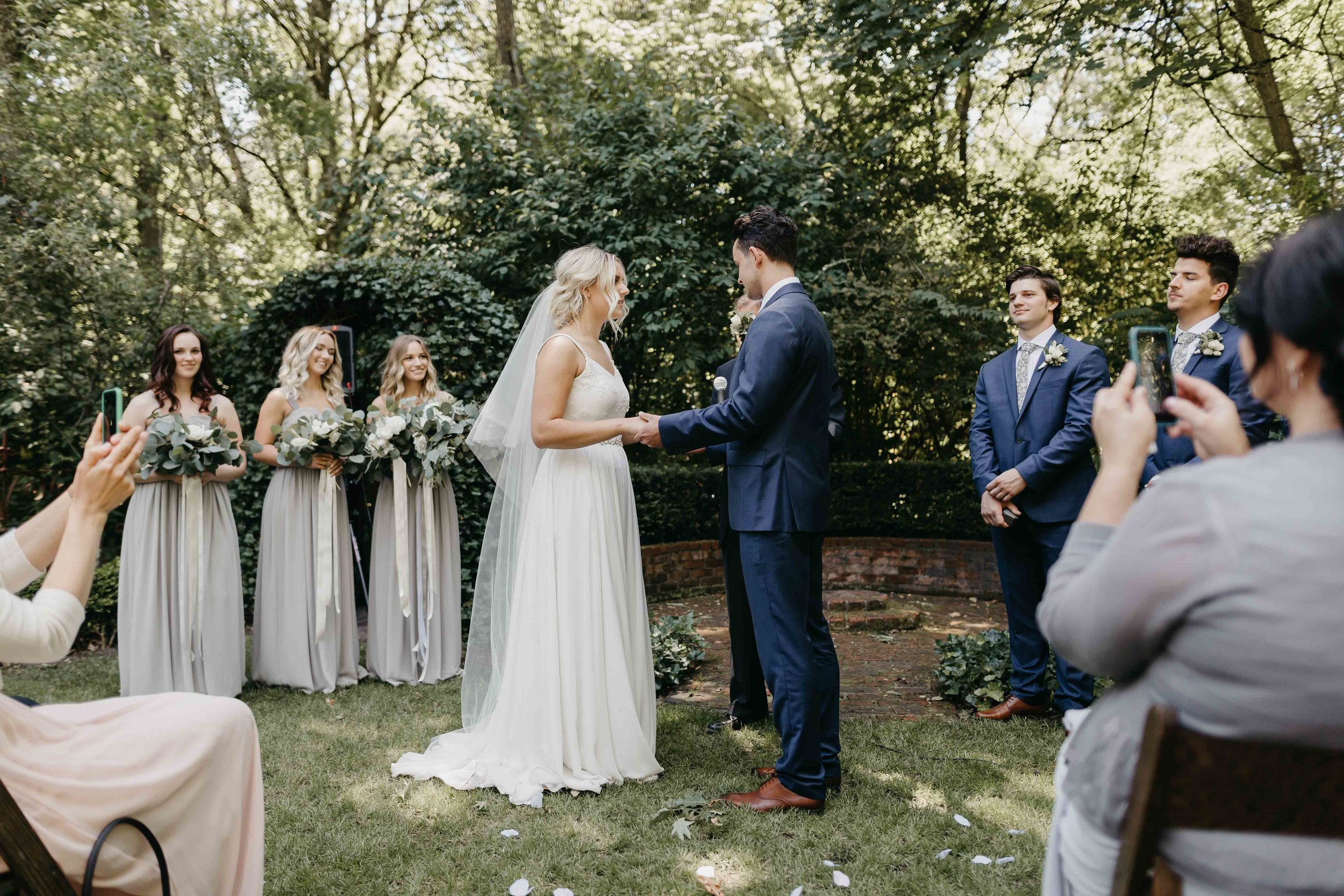 Oregon-Wedding-Photographers-22.jpg