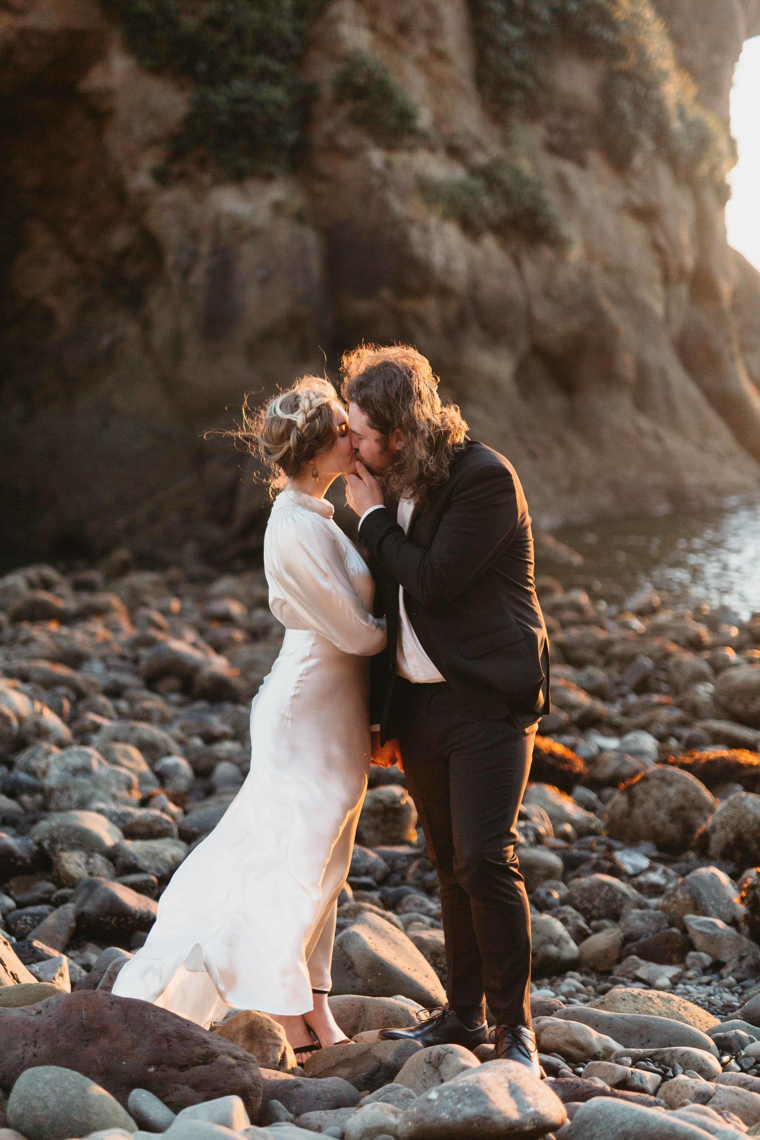 Oregon-Wedding-Photographer-9.jpg