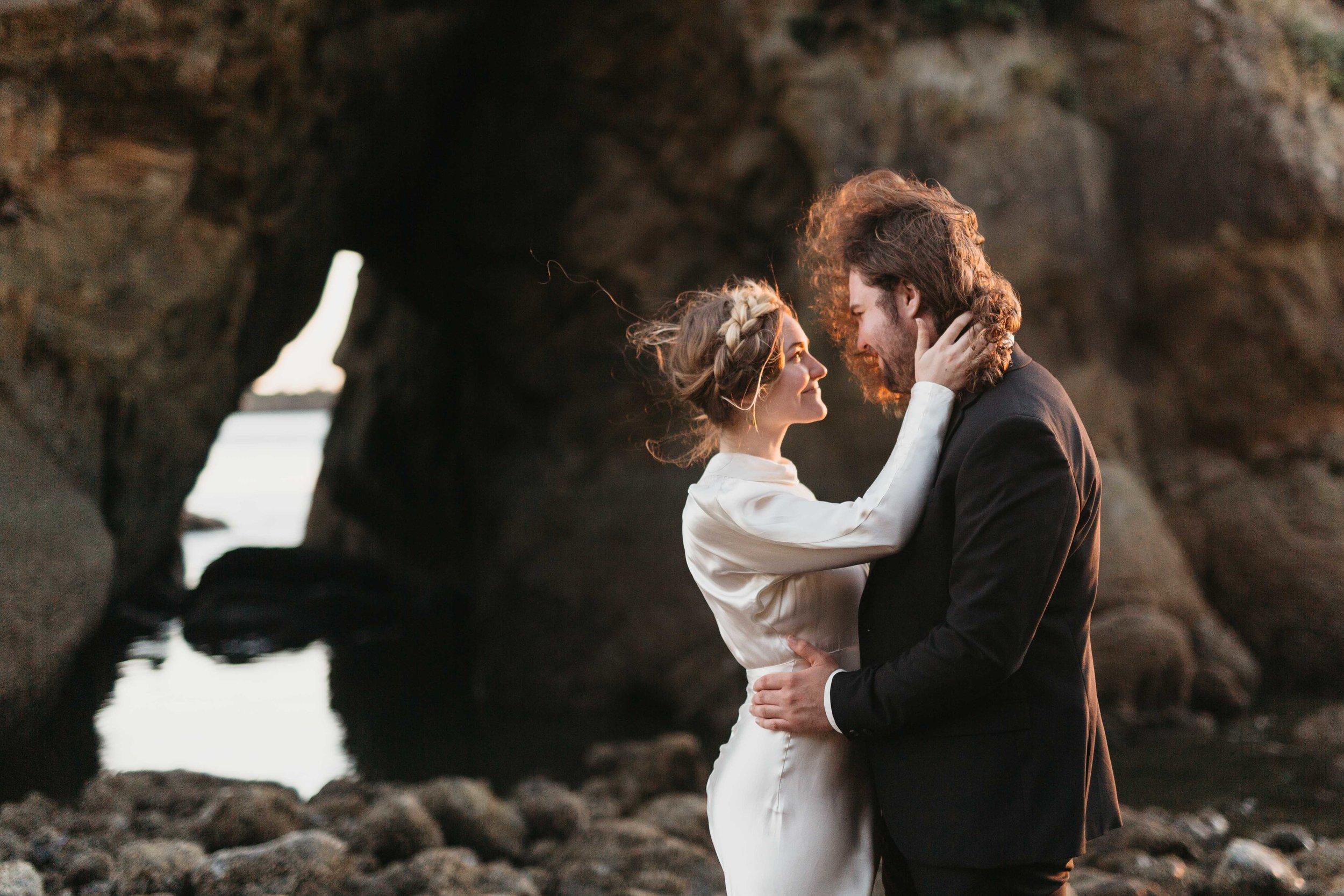 Oregon-Wedding-Photographer-10.jpg