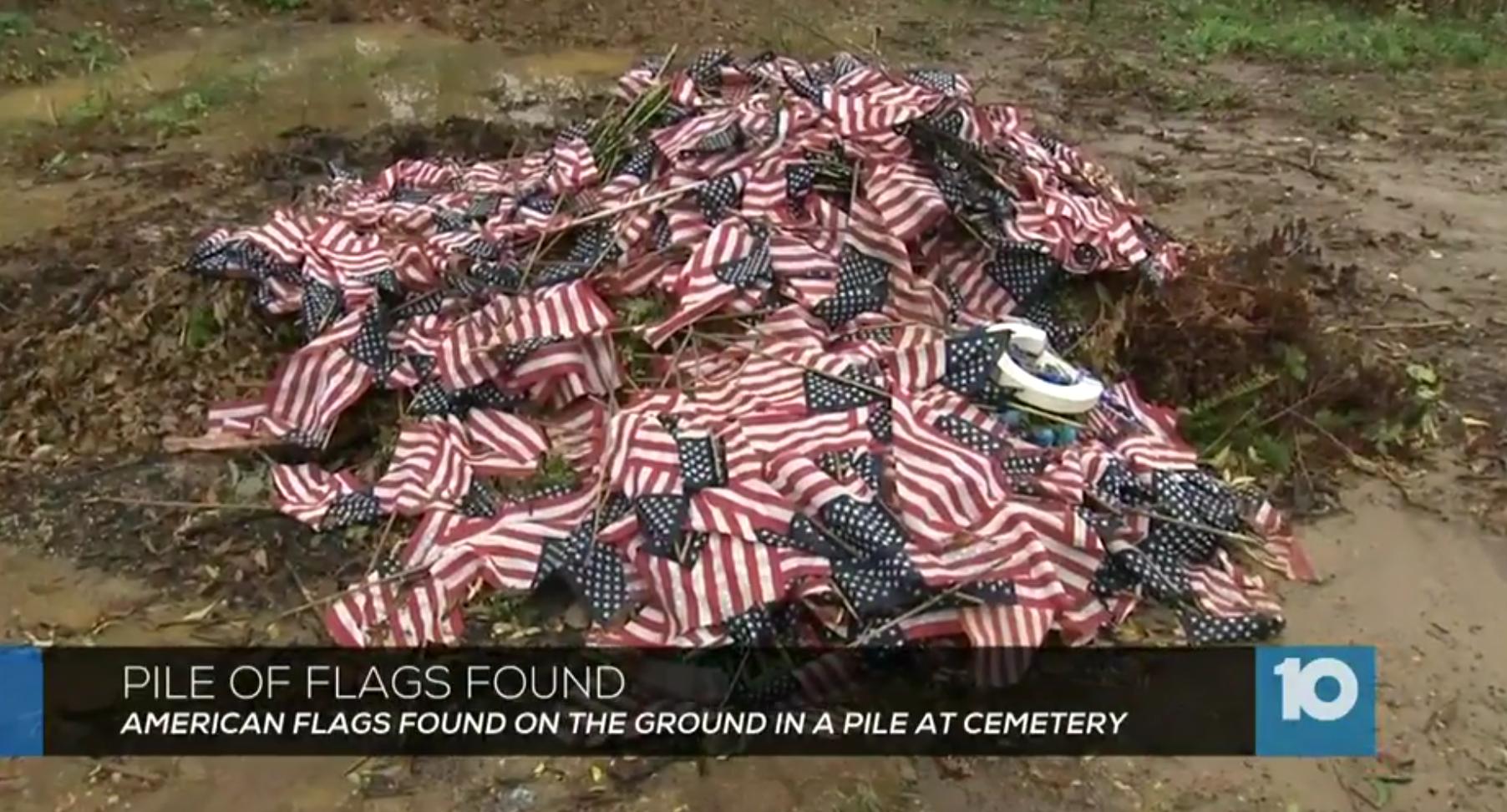 USA GraveFlag Pile.png