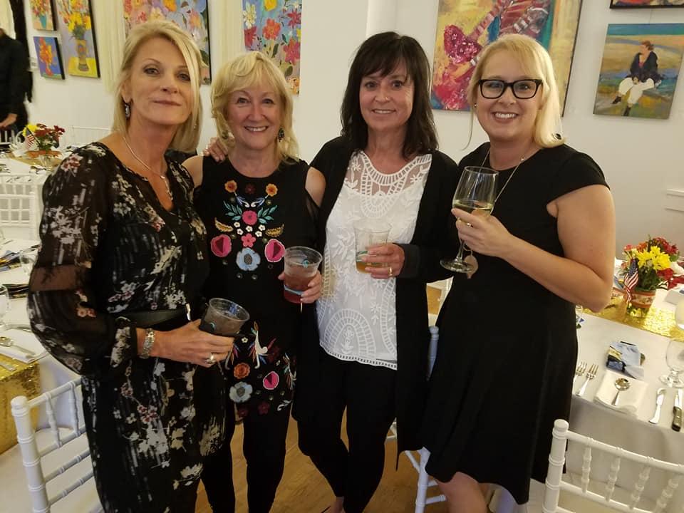 2017 NIFDA Banquet Friends 2.jpg