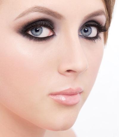 Cassie_beauty_spot_make-up_hair_styling