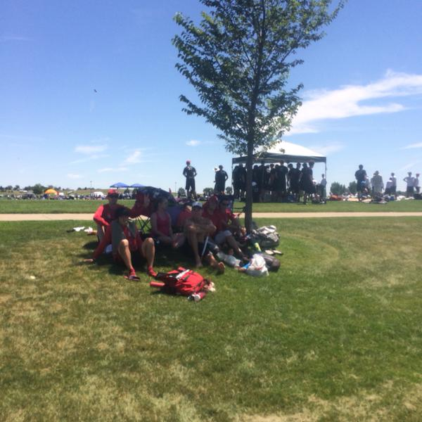 The higher elevation and rising temperatures sent some Machine players back to the hotels, and others scrambling for shade.