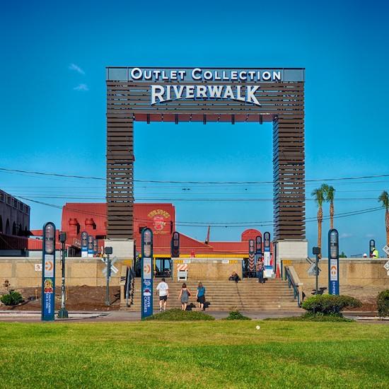 riverwalk_outlets_3.jpg