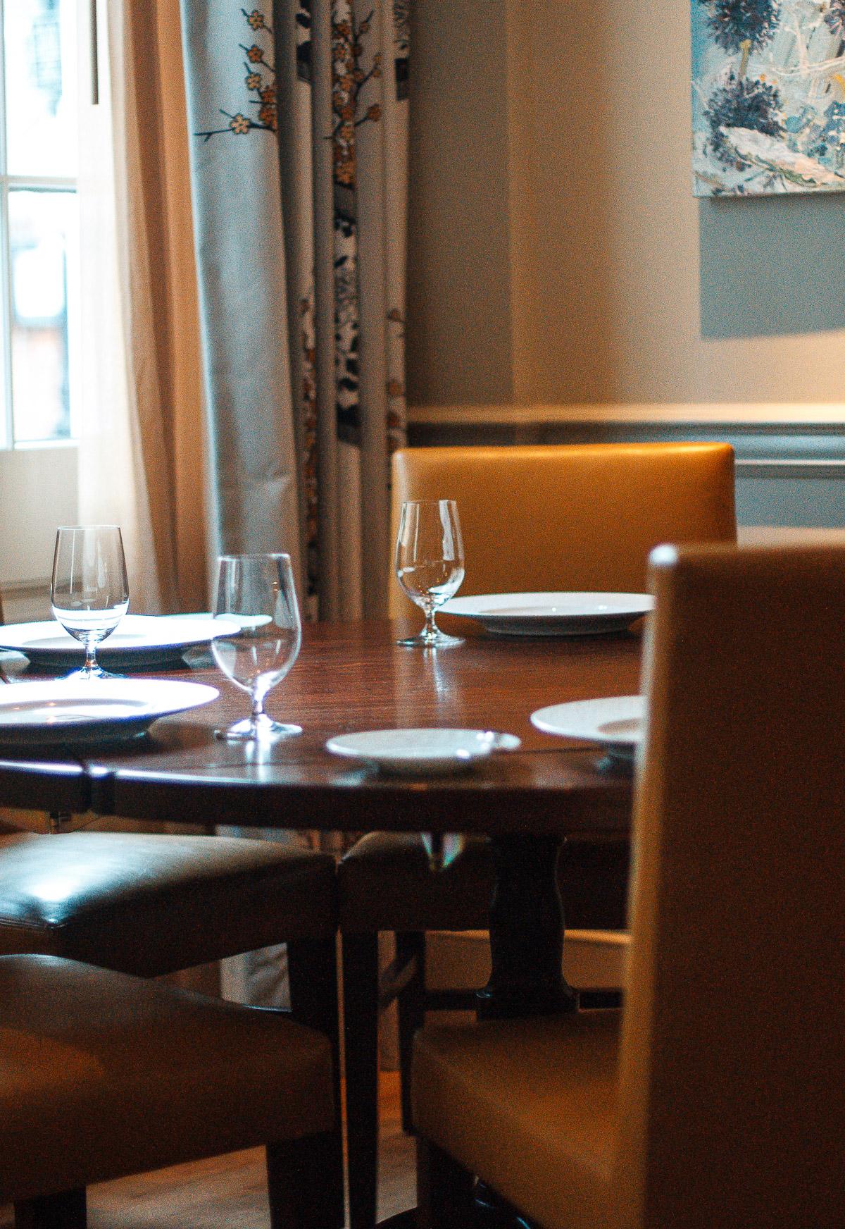 restaurant_rev-2.jpg