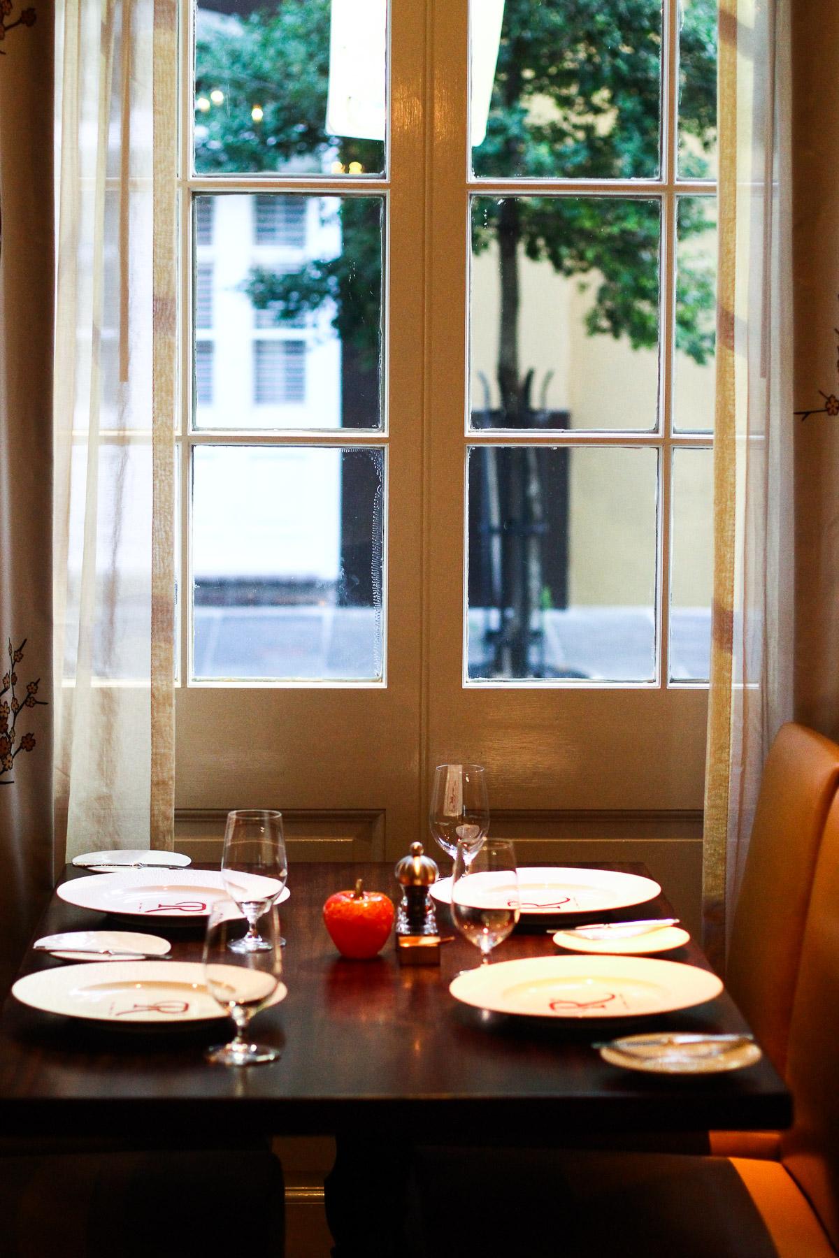 restaurant_rev-12.jpg