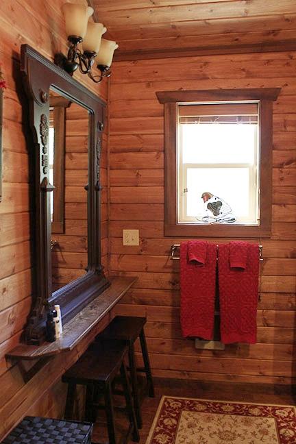 Cabin9_bathroomwindow copy.jpg