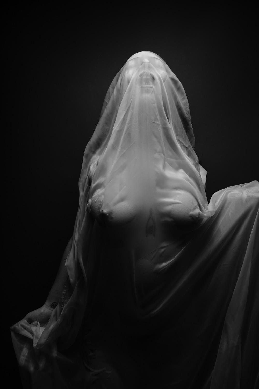 White Queen (10 of 14).jpg