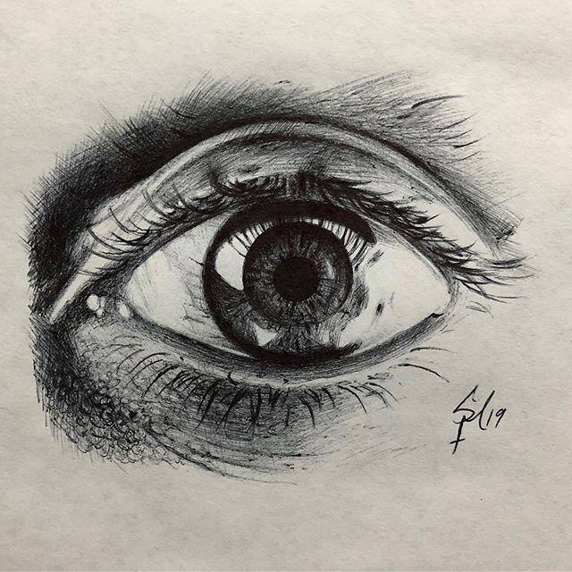 Sketch. Ballpoint pen on paper. #sketch #pen #art #eye
