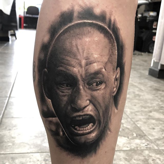 Today's work. Portrait of @danhendo  Was a fun one. Little warped due to the way he was standing but it's the best pic I could get. #portrait #selfinflictedstudios #selfinflictedstudiosstp #realism #bng #blackandgrey #ufctattoo #fighter #imtired