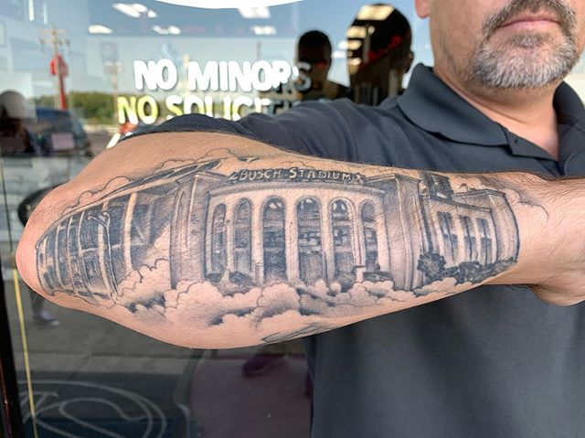 Healed and hairy mash up of the old Busch stadium and the new one. #stlouiscardinals #buschstadium #stlouis