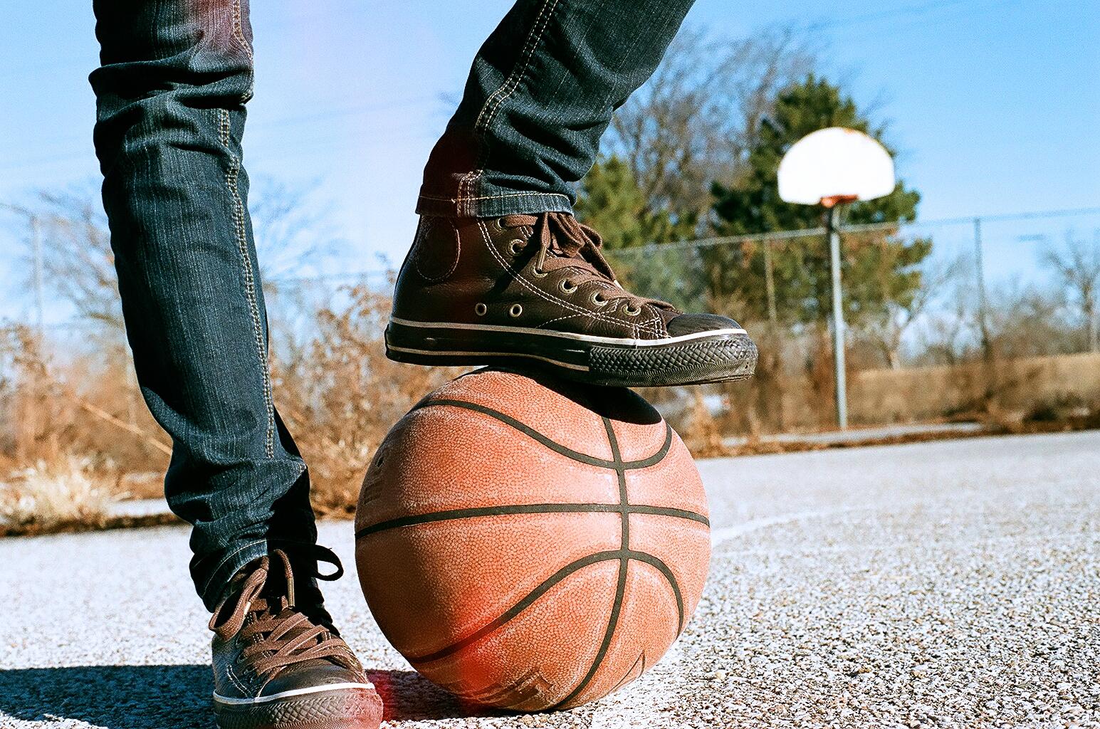 converse basketball.jpg