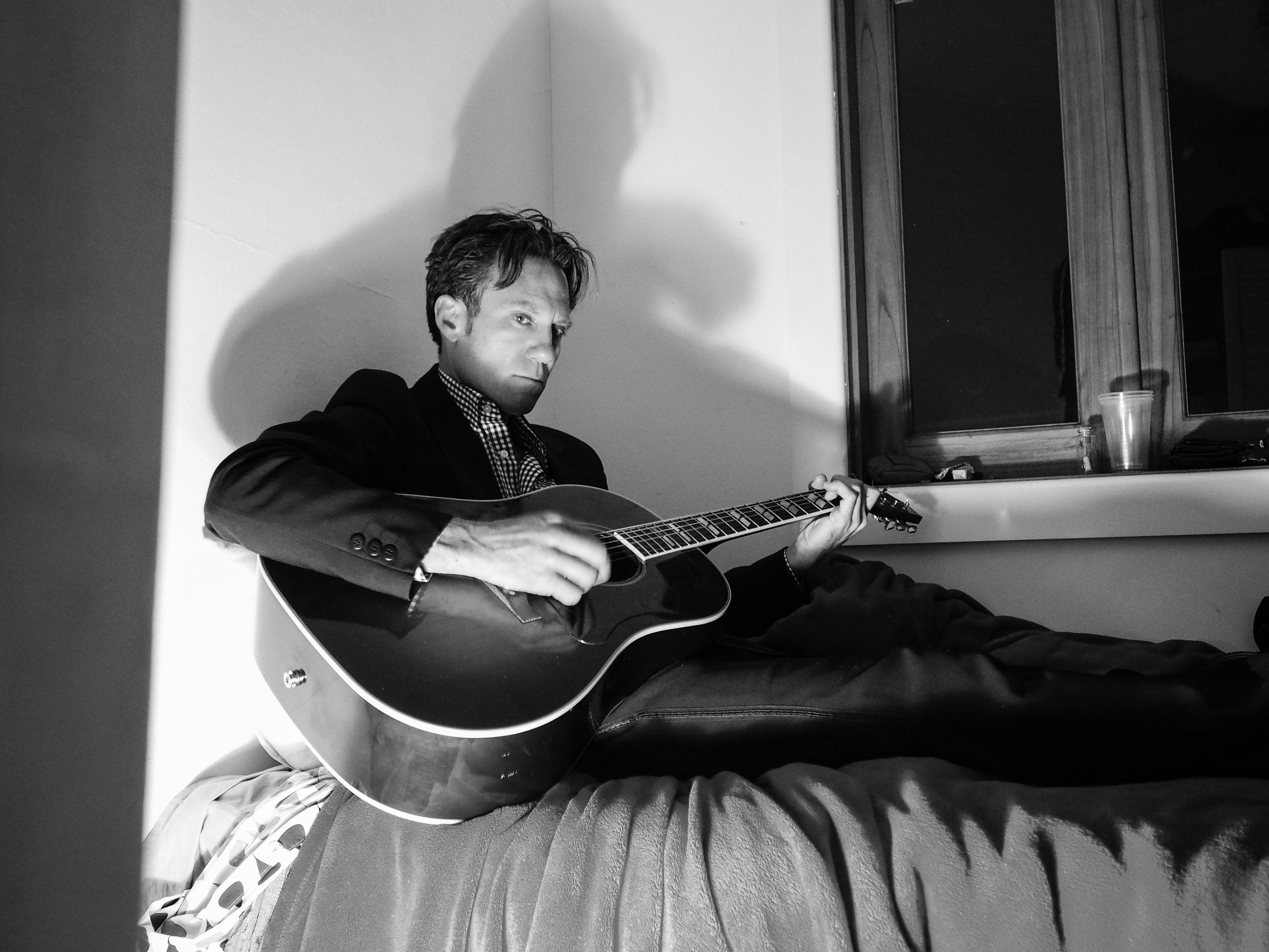 Jamie Hutchings 3 Bedsit © Hadassa Haack.jpg
