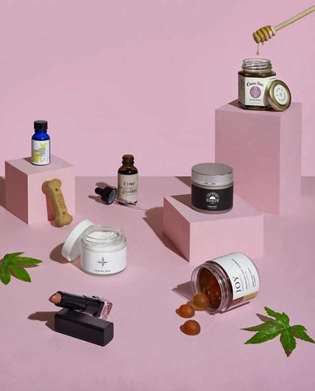 Look Ma! We made it! THANK YOU to @austin_monthly & @madelinehollern for the shout out about our CBD infused lipstick! We're amongst the best in Austin! And a special shout out to our sister from another mister @finehealinggoods, which we exclusively use in ALL of our infused lippies! Ps. Our #CBD collection is launching this Fall! But stop in to add to your custom lippy TODAY! Xo 💋 #lipservicexo #customBEaUty #XoLipBar #crueltyFREE #nontoxicbeauty #cbdbeauty