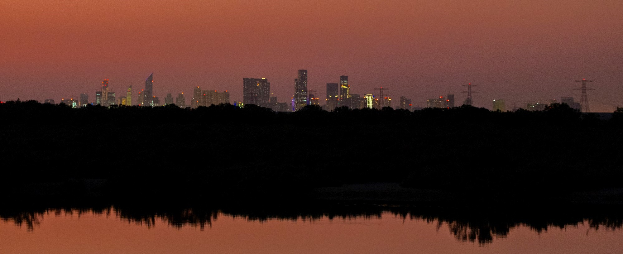 Wide Abu Dhabi skyline mangroves sunset colours_Abu Dhabi_(c)Oliver Wheeldon.jpg.jpg