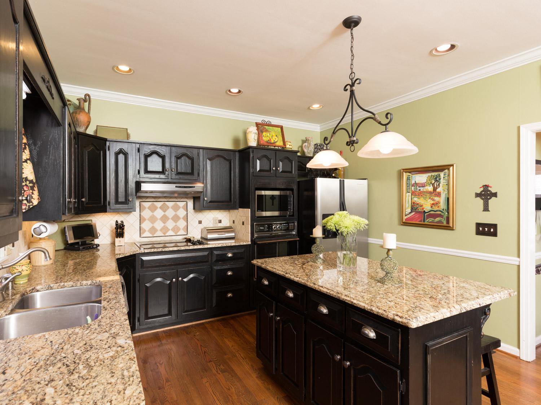 4912 Cold Harbor - Birmingham AL Real Estate Photography0008.jpg