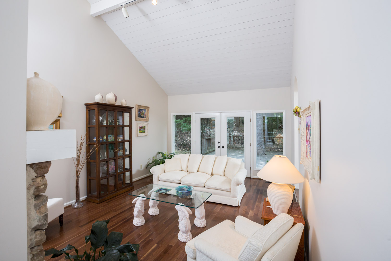 5558 Parkview Cir - Bimingham AL Real Estate Photographer0005.jpg