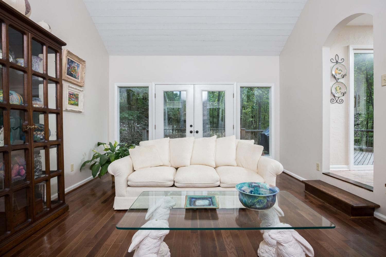 5558 Parkview Cir - Bimingham AL Real Estate Photographer0004.jpg
