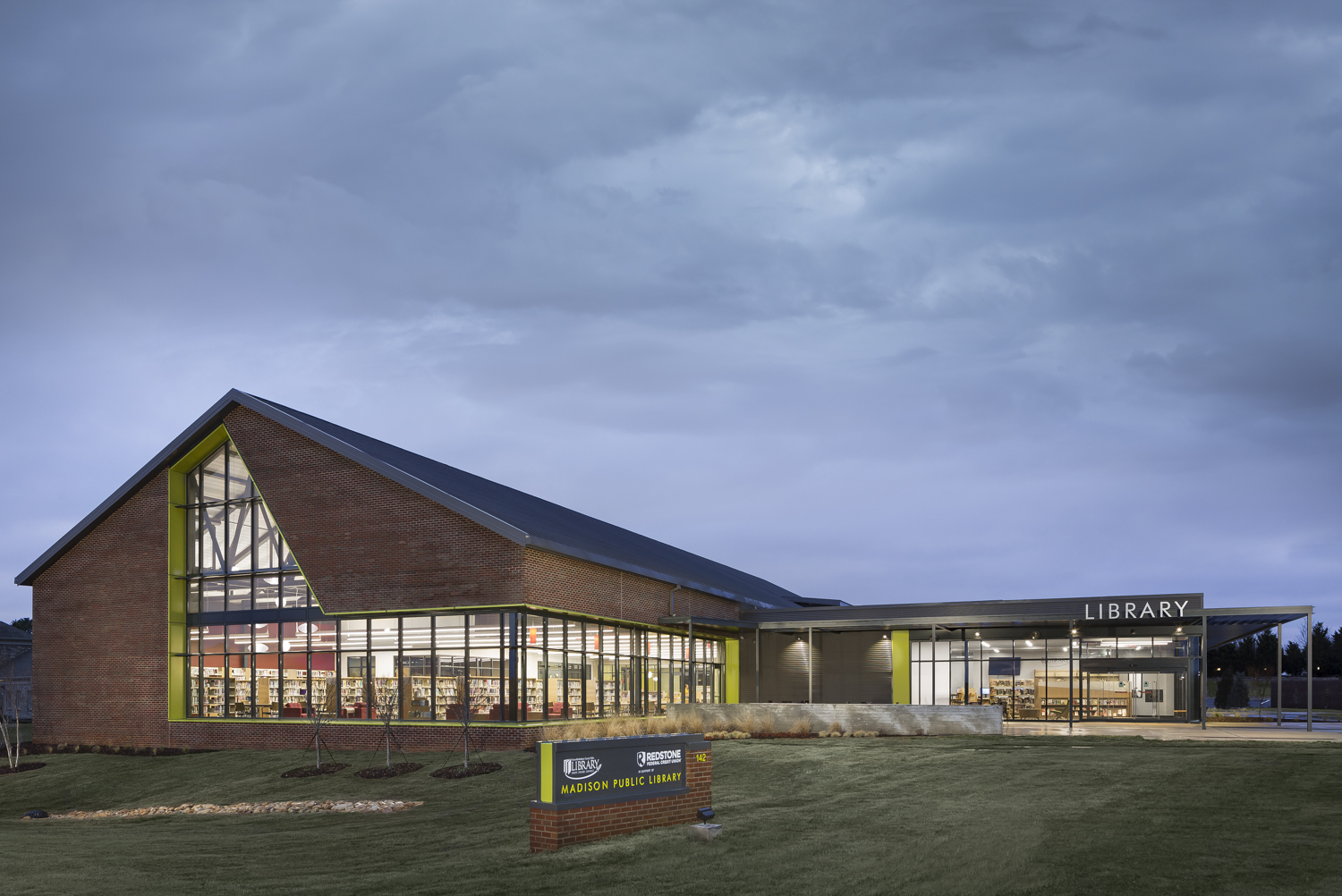 MADISON PUBLIC LIBRARY - Library in Madison Alabama photographed for Turner Construction and HBM Architects