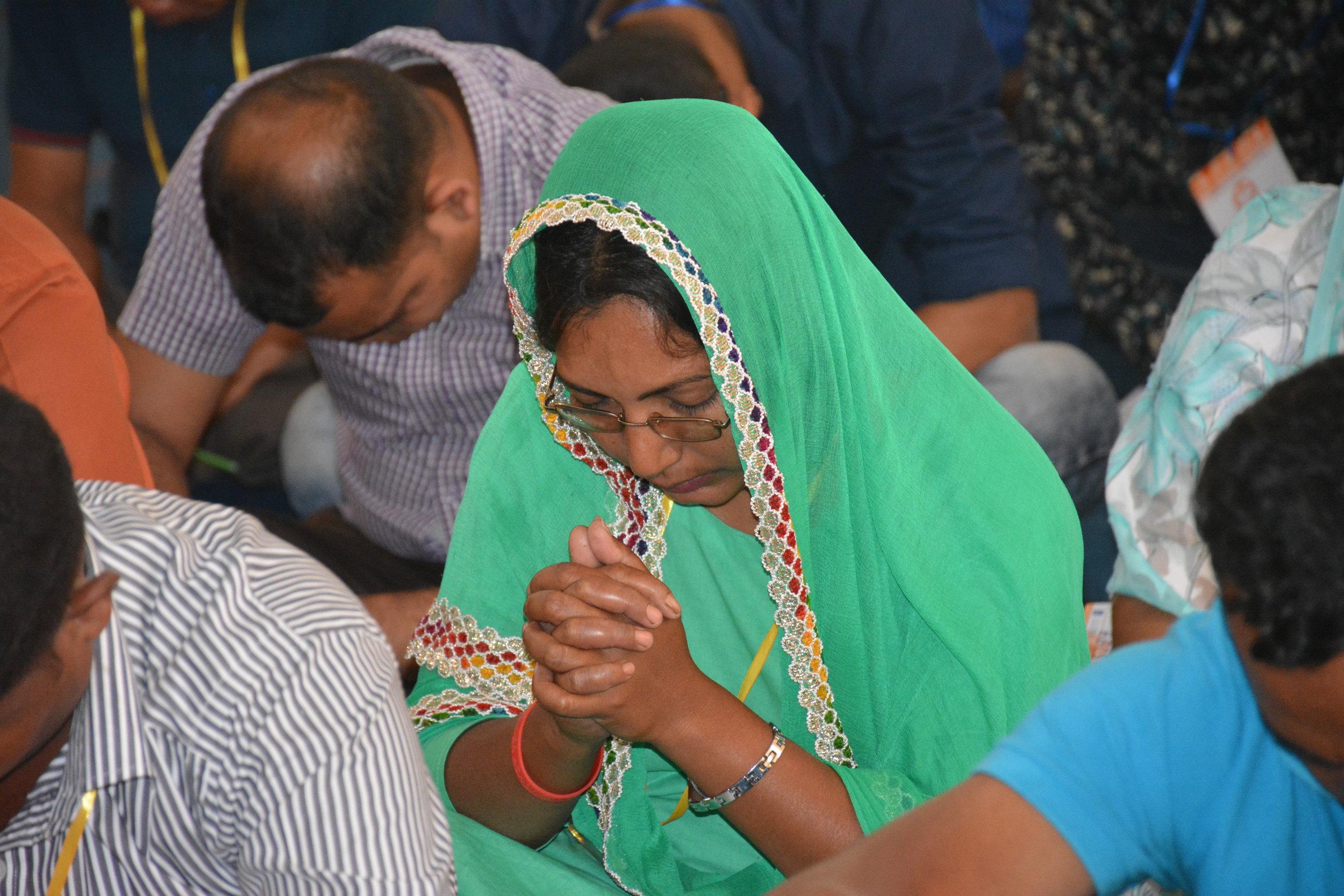 Global Advance - Bangladesh Lady in Prayer.JPG