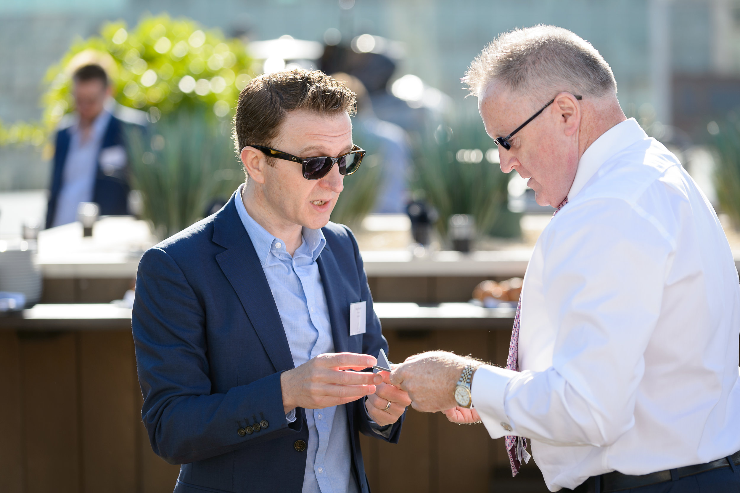 4 TH-2017-06-16-AckroydLowrie-2017-06-16-AckroydLowrie-9121 SWAPPING CARDS RAY.jpg