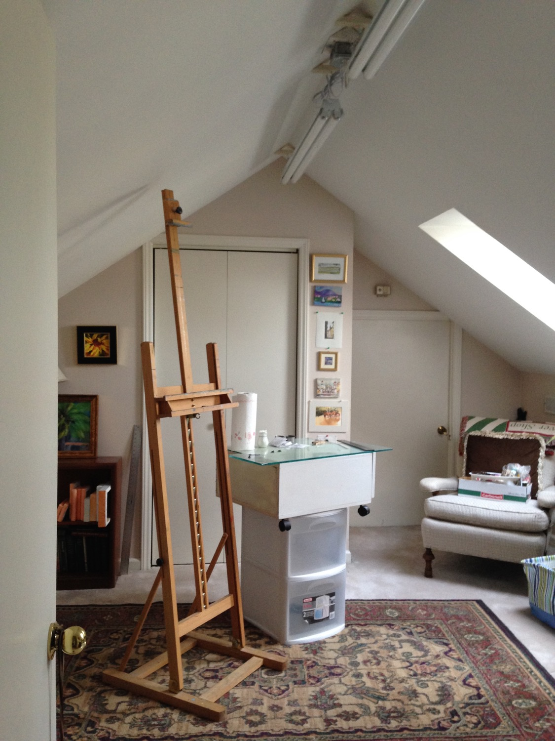 My new little painting studio at home