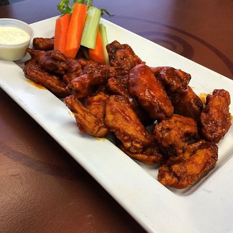 Don't forget to order your chicken wings for tonight's Super Bowl Sunday from #FourBrothersPizza Pickup / Delivery: 905-829-4040🍕🏈🍕🏈🍕🏈