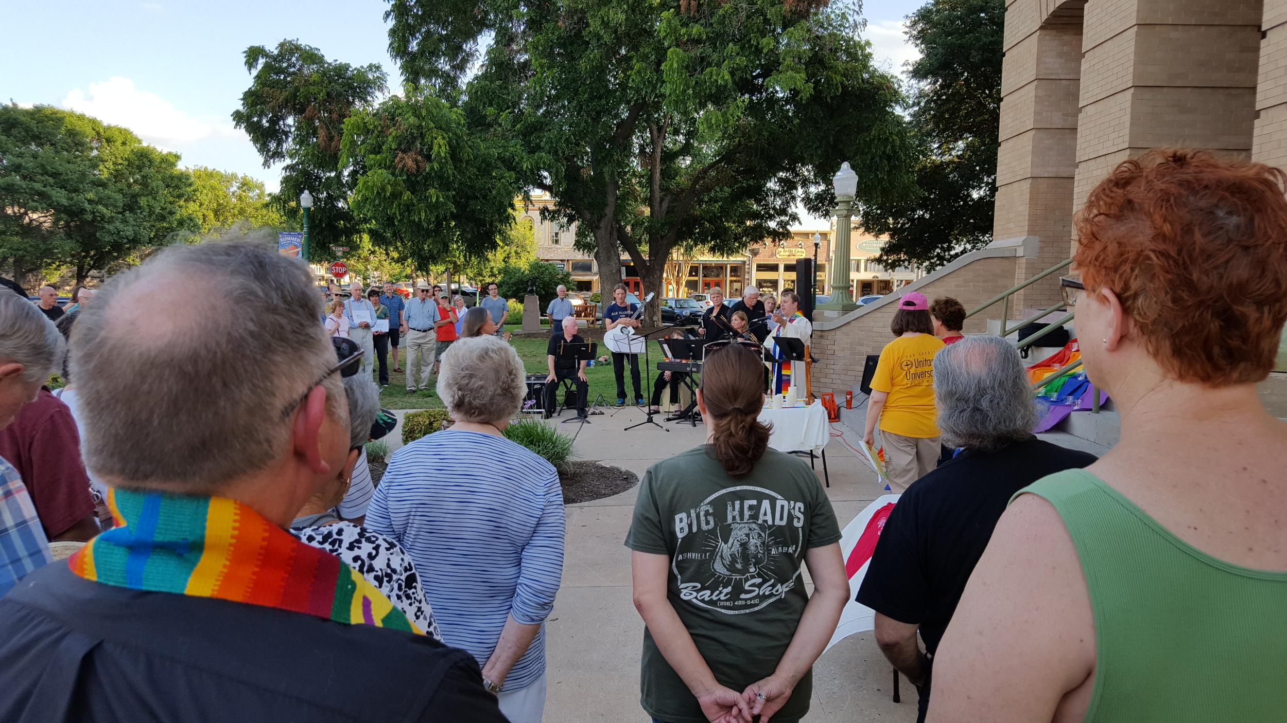 PFLAGAustin-Georgetown-vigil-for-Orlando