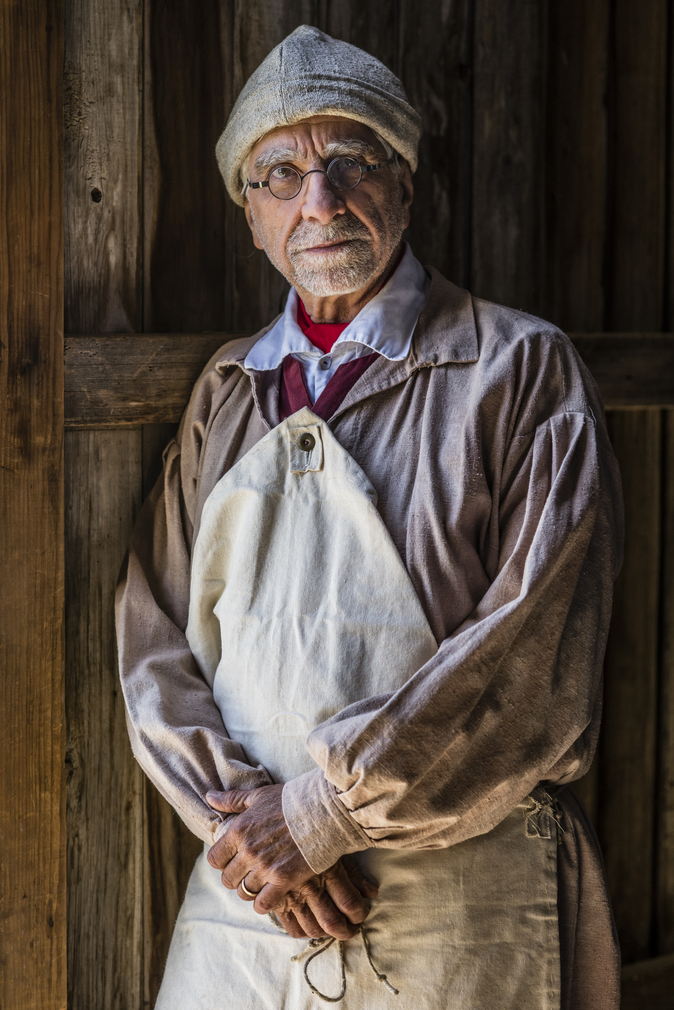 Mike Welch portrays Amos Pearson, a carpenter and Revolutionary War soldier.