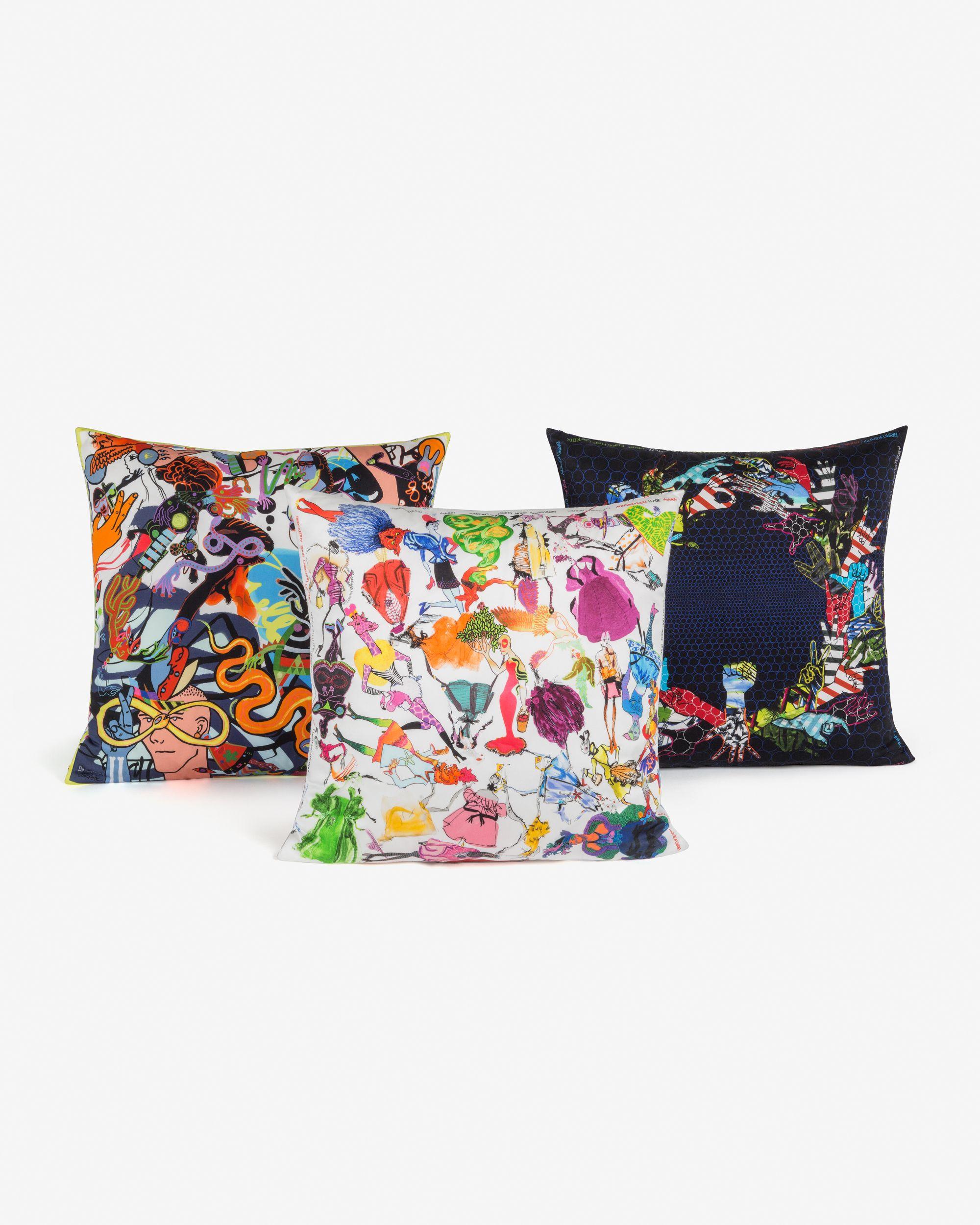 Lacroix_30_ans_CL_x_BK_cushions_composition_5a04271d7d4c9.jpg