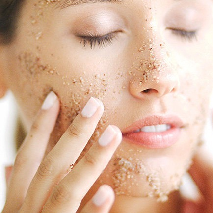 Exfoliation is the removal of dry/dead skin cells on the surface of the skin and is one of the most important aspects of your home skincare routine for face and body. Exfoliation not only helps many skin problems, it also increases blood circulation, which in turn helps you to achieve healthy and glowing skin.  However over-exfoliating can cause chronic skin irritation and inflammation, which can lead to accelerated aging. A good recommendation is two to three times a week for normal and combination skin, and once a week for sensitive skin.  #facialartinstitute #botox #okcesthetician #dermalfillers #beauty #skincare #wellness #theperfectpeel #voluma #getglowing #healthyskin #beautytip #skin #face