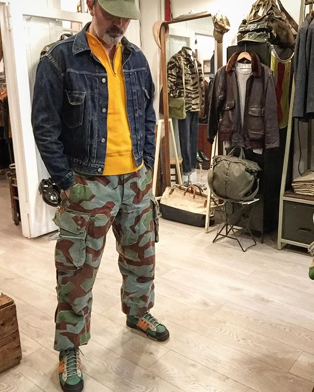 Sunday Steez. #a3cap #type2jacket #levistype2 #levis507xx #vintagesweatshirt #splinterpattern #splittermuster #bundeswehr #adidasoriginals #adidastreking #sundaysteez