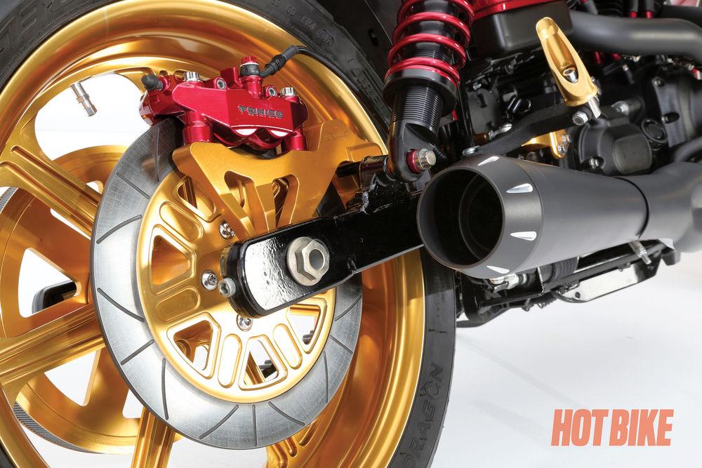 hotbike-alloy-art-2011-dyna-04.jpg