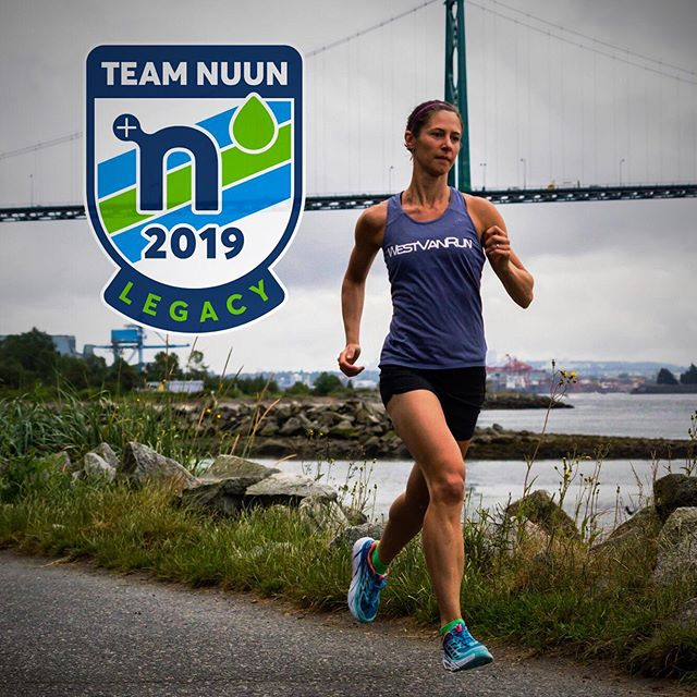 Running into 2019 well hydrated! Excited to be living the #nuunlife for a 4th year and representing this great brand. 💦 #teamnuun2019 #teamnuun #nuunlove  @nuunhydration @westvanrun 📷 @jeannineavelino