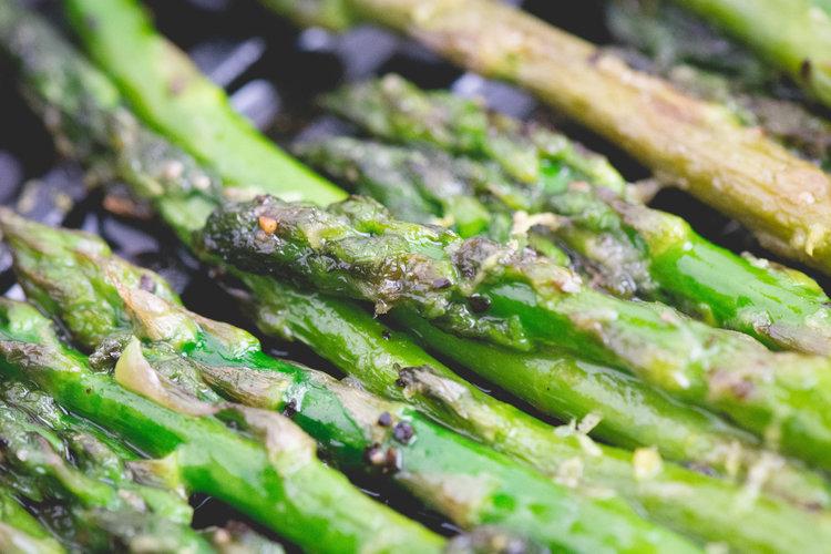 pan seared lemon asparagus -
