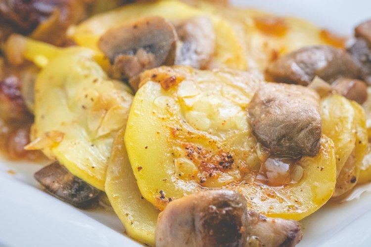 squash and mushrooms -