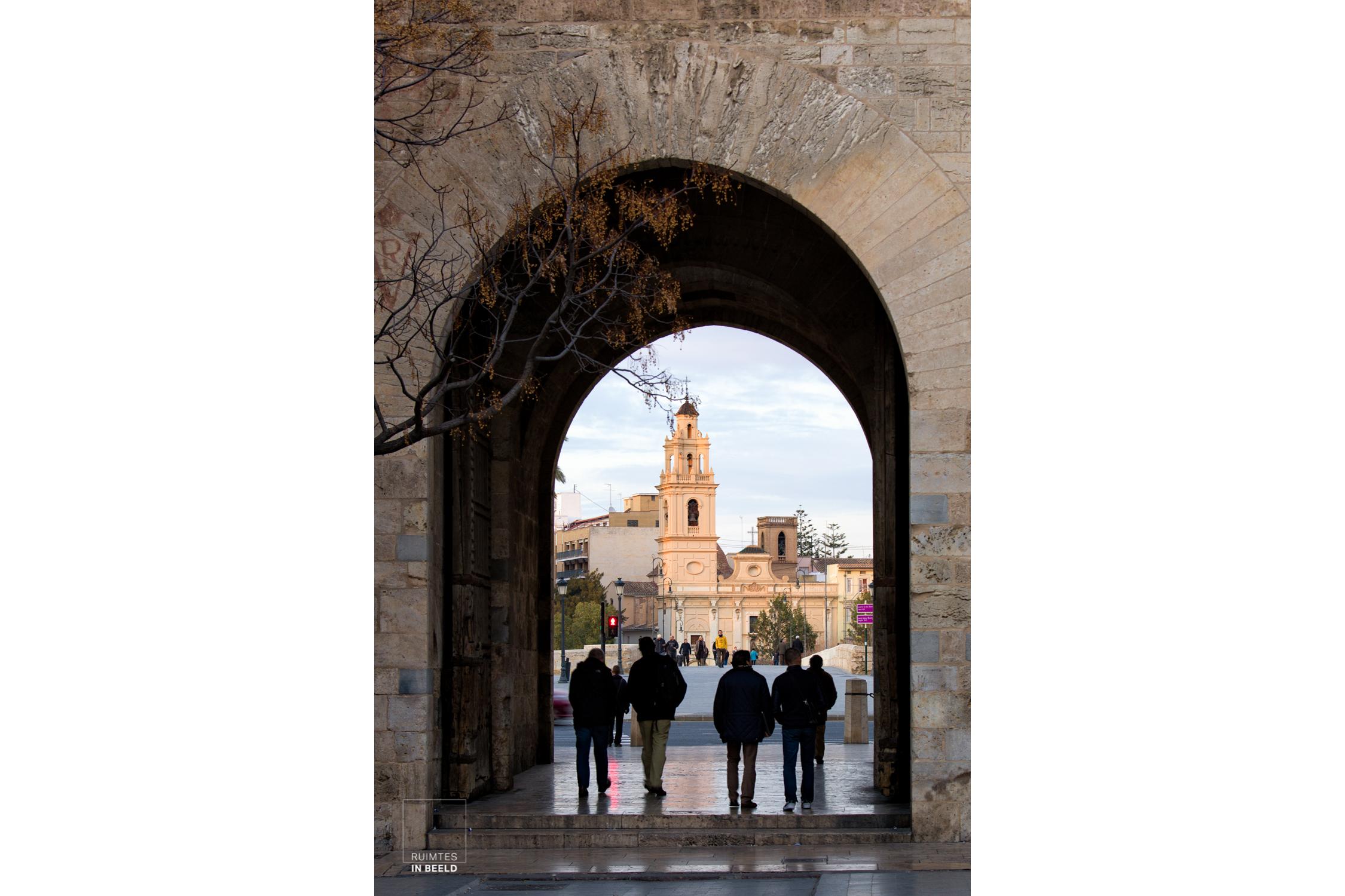 Stadspoort in Valencia, Spanje | City gate in Valencia, Spain