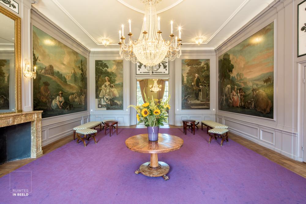 Interieur van kasteel Groeneveld in Baarn. | Interior of Groeneveld Castle in Baarn, Netherlands.