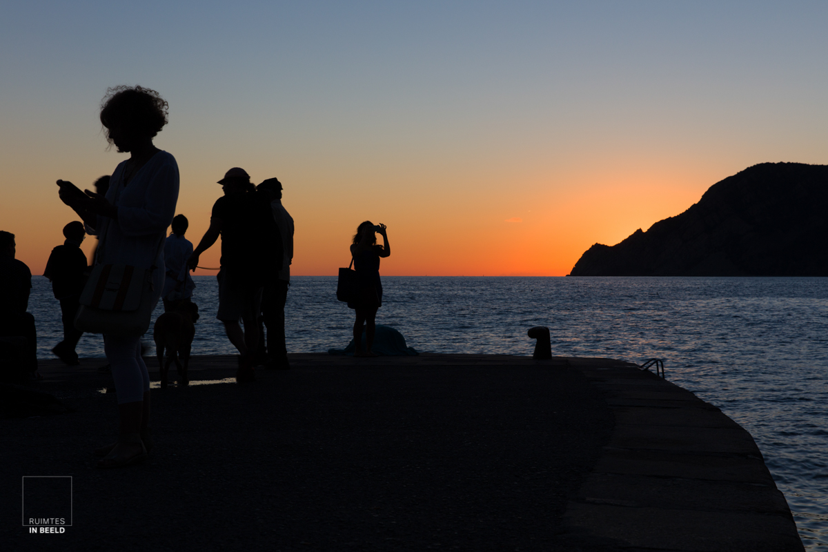 Zonsondergang in Vernazza, Cinque Terre | Sunset in Cinque Terre, Italy