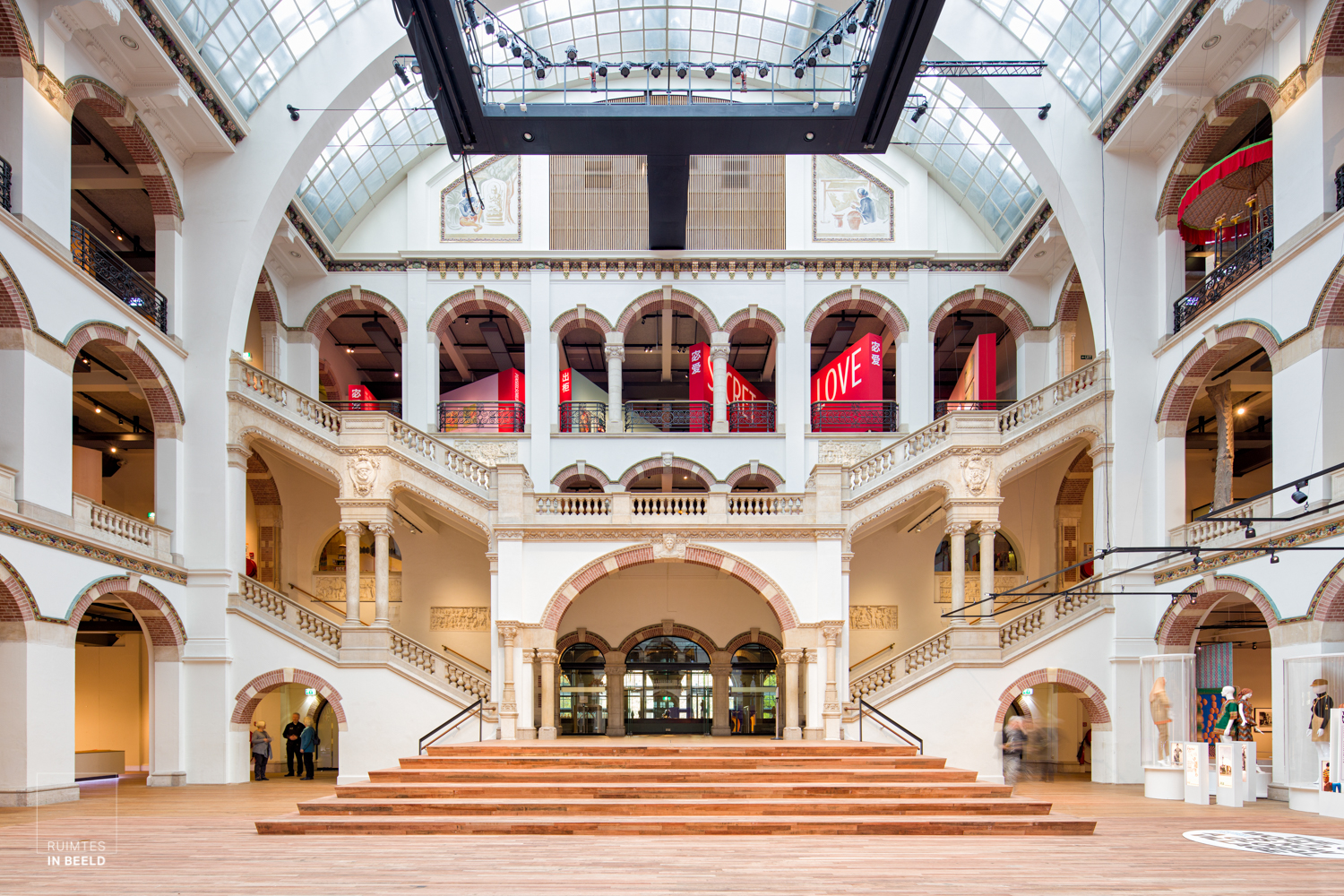 Lichthal van Tropenmuseum in Amsterdam | main hall of Tropenmuseum in The Netherlands