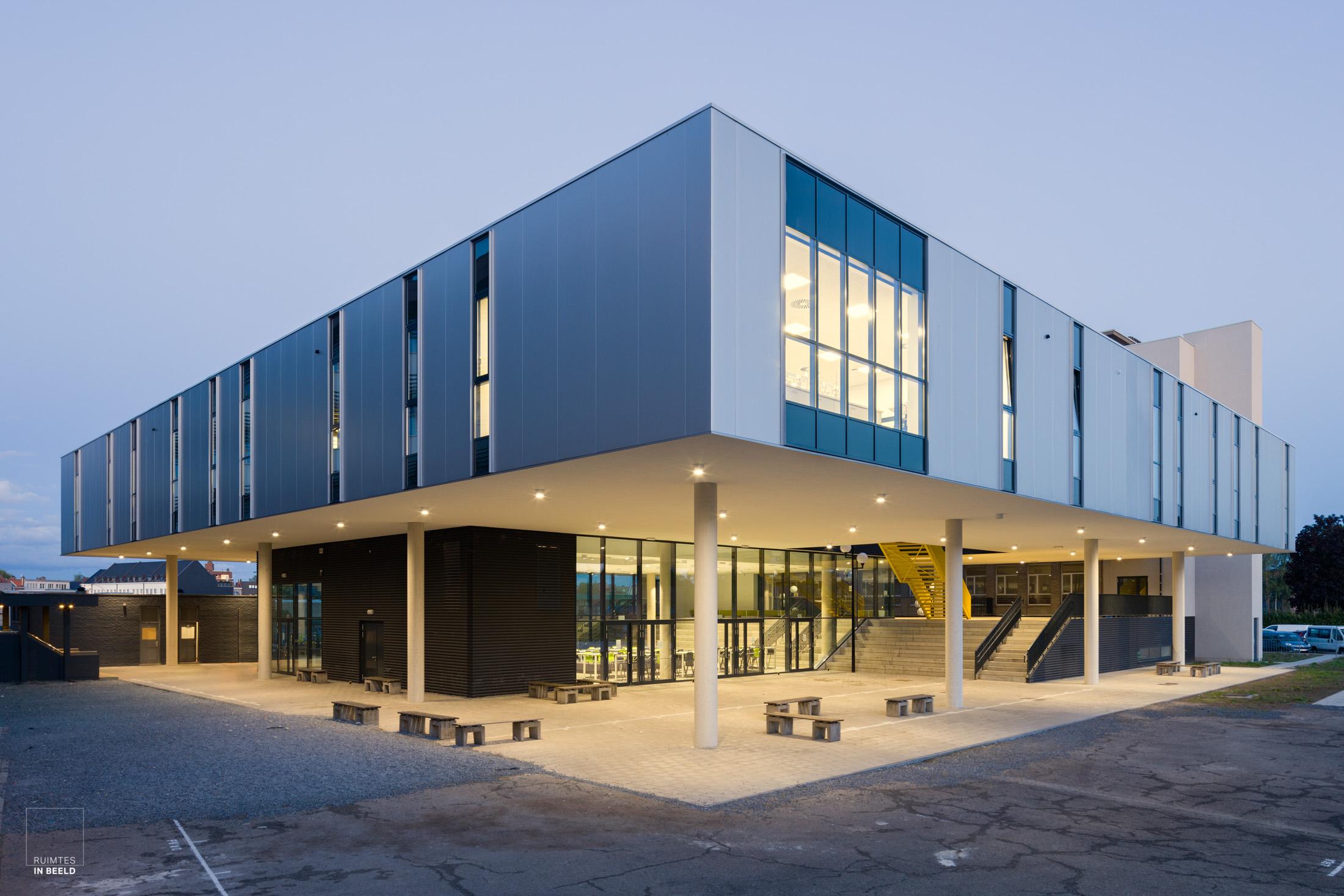 St. Jozefschool in Geel, België, ontworpen door NOAHH Architecten