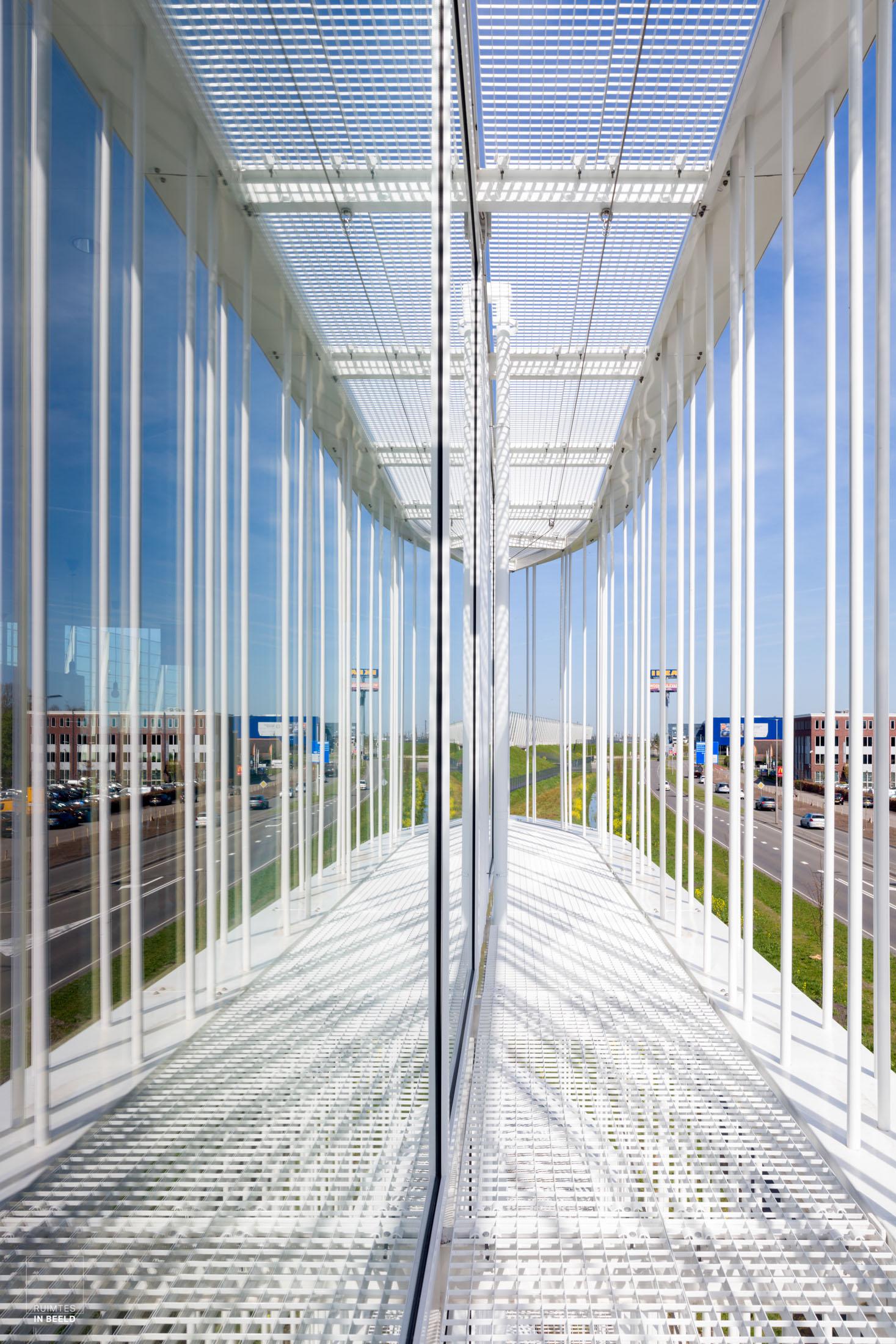 Spiegeling QNP-gebouw, Oomen Architecten