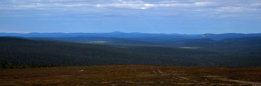 Kaunispäältä voi nähdä Venäjälle asti.